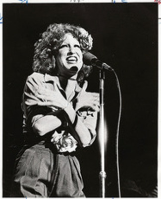 "BetteBack June 13, 1975: The Divine Miss ""M"" scores personal success on Broadway"