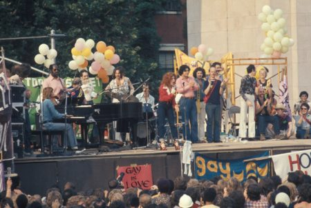 Photo: Bette Midler And Barry Manilow - Gay Pride 1973