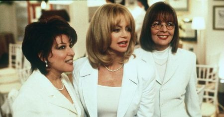 Bette Midler, Goldie Hawn, and Diane Keaton