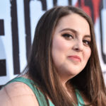 "Beanie Feldstein Talks About Working With Bette Midler In ""Hello Dolly!"""