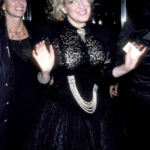 Photo: Bette Midler at the premiere of Down And Out In Beverly Hills with Bonnie Bruckheimer - 1986