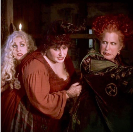 Hulaween 2018: Bette Midler. Kathy Najimy, and Sarah Jessica Parker in Hocus Pocus