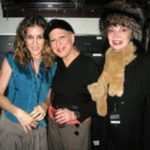 Sarah Jessica Parker Reacts To 'Hocus Pocus' Co-Star Bette Midler Calling Her A 'Girl In The Back'