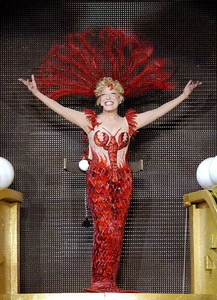 Bette Midler as Delores as Dolly Levi