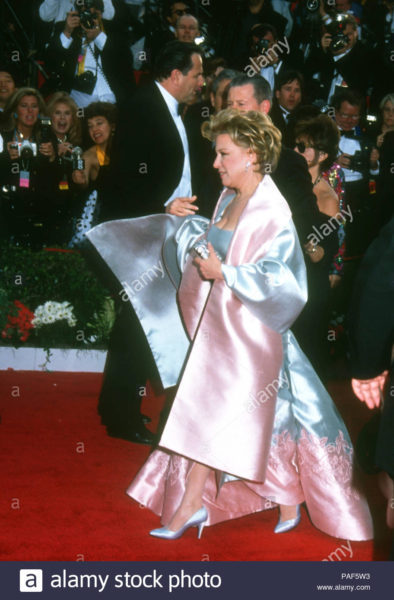 Oscars Will Be Filled with 40,000 Roses for Bette Midler. Bette up for an Oscar in 1992