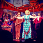 Video: Bette Midler - Before The Parade Passes By - Hello Dolly
