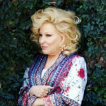 What's In That Swag Bag Bette Midler? Power Of Women Luncheon (Contest Inside)