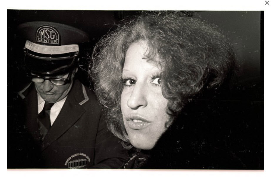 Bette Midler during The Rolling Thunder Revue