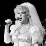 Audio Video: Bette Midler - It Should've Been Me (Live in Texas, 1983 - Much Better Audio - But No Monologue)