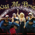 Video: Bette Midler - Kiss My Brass Concert (Madison Square Garden 2004)