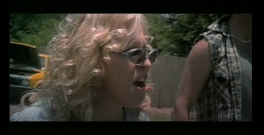 Bette Midler in Drowning Mona