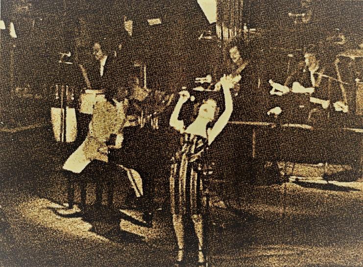 Bette Midler at Carnegie Hall, 1972