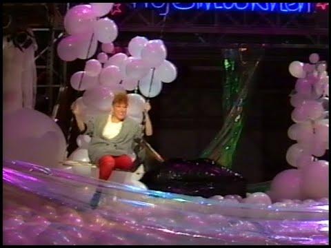 Bette Midler on Nöjesmaskinen 1984